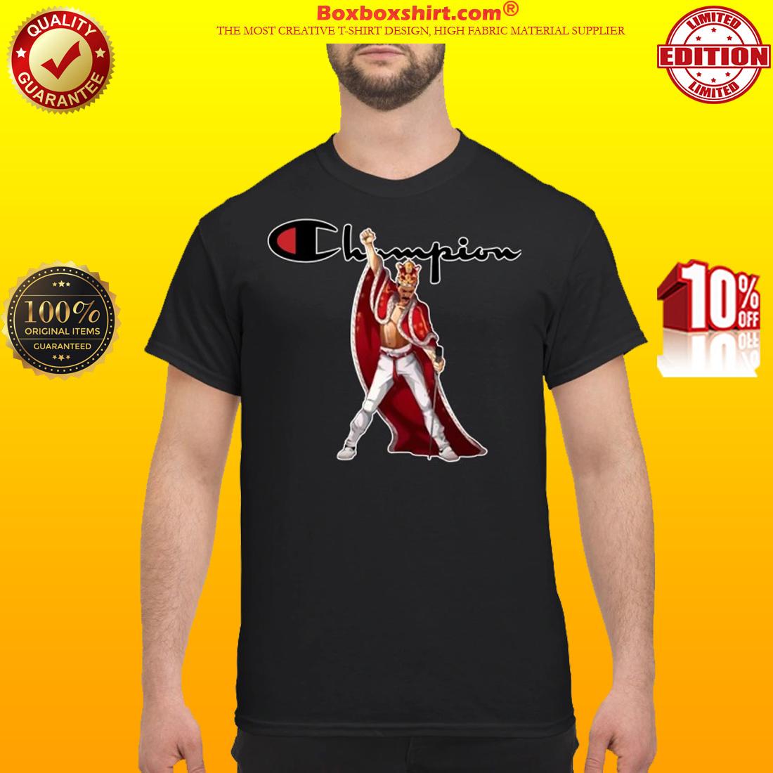 Freddie Mercury wear king robe Champion shirt