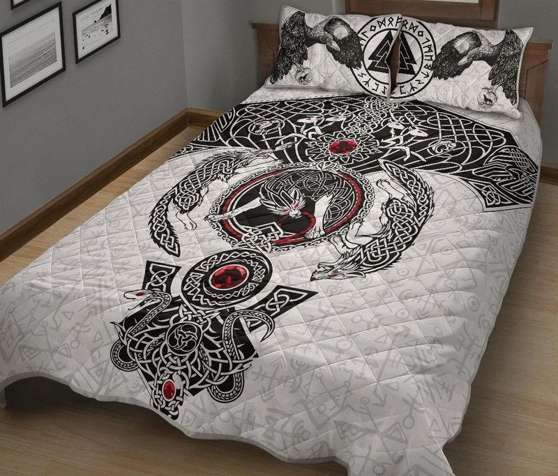 Viking Odins ravens fenrir skoll and hati valknut quilt bedding set