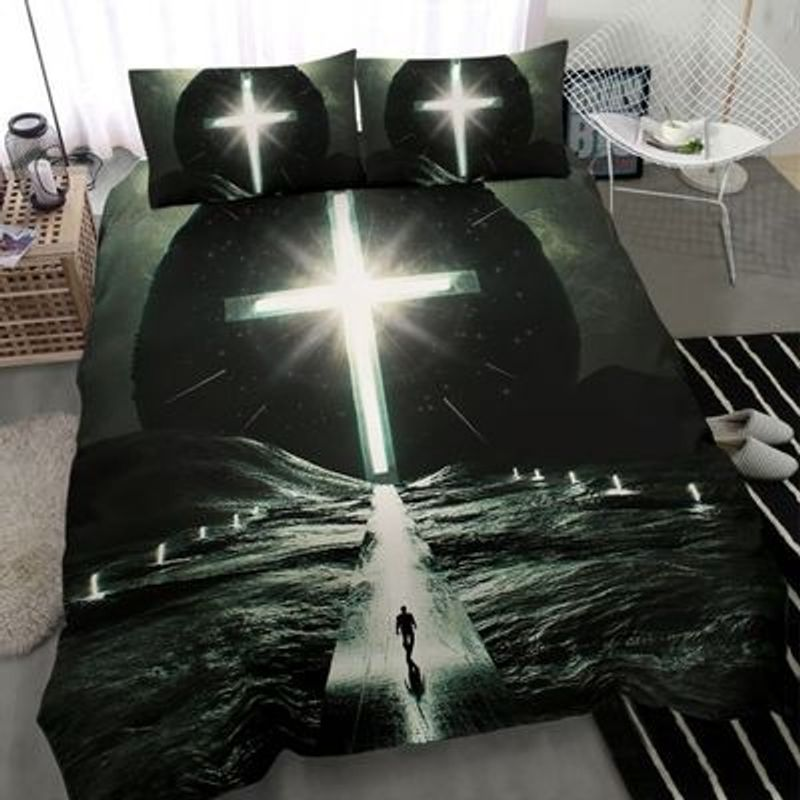 Way to cross light with person bedding set 2