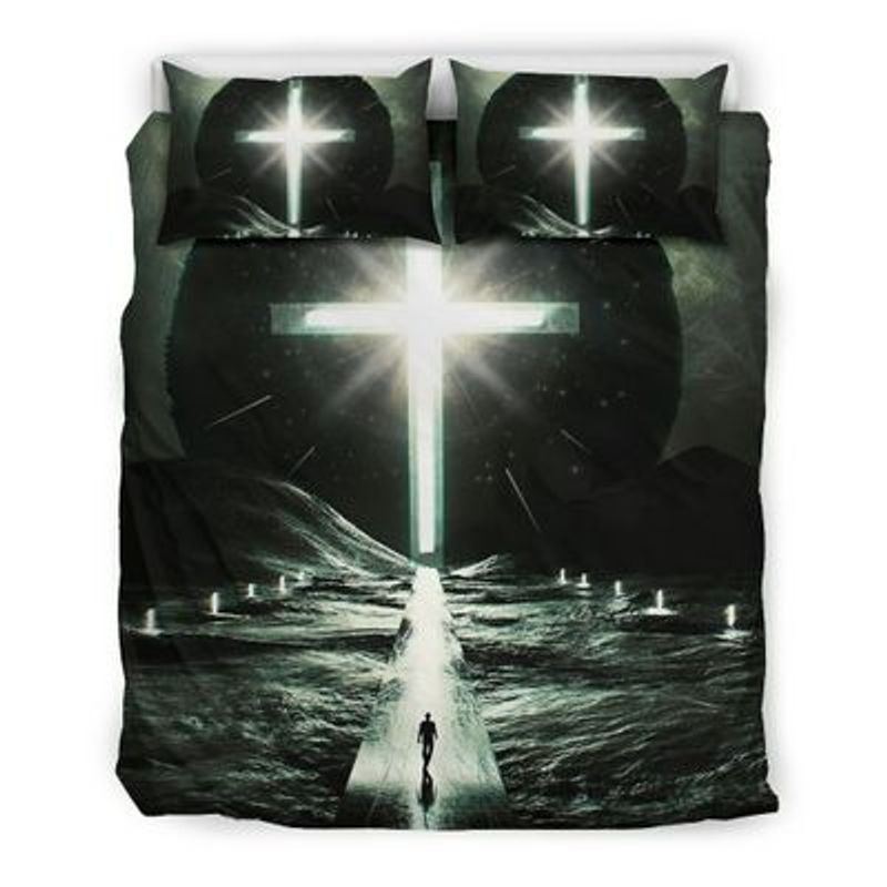 Way to cross light with person bedding set 4