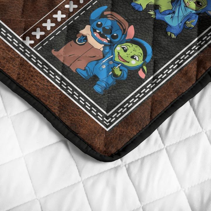 Stitch and baby Yoda friend quilt bedding set4